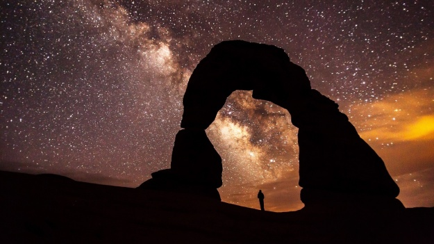 arch-arches-astronomy-33609 Cropped